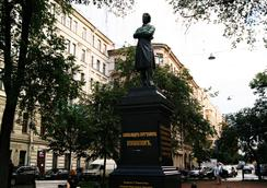 Apartment on Pushkinskaya ulitsa 11 - เซนต์ปีเตอร์สเบิร์ก - สถานที่ท่องเที่ยว