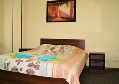 Apartment on Pushkinskaya ulitsa 11 - เซนต์ปีเตอร์สเบิร์ก - ห้องนอน