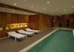 Sana Berlin Hotel - เบอร์ลิน - สระว่ายน้ำ