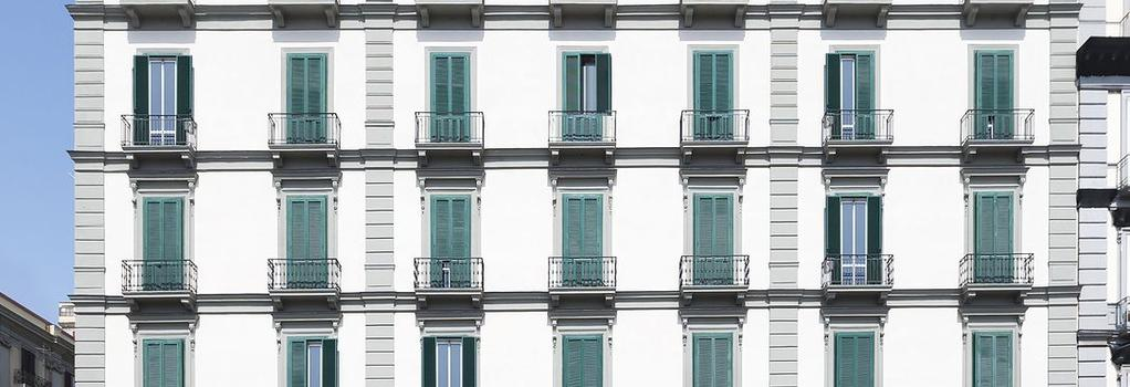B&B Hotel Napoli - Naples - Building