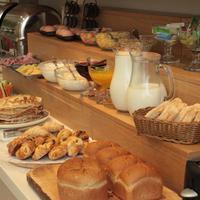 Sheddok Hotel Breakfast Area