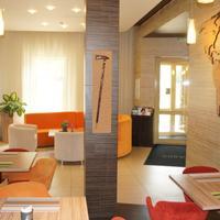 Sheddok Hotel Lobby Sitting Area