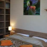 Sheddok Hotel Guestroom