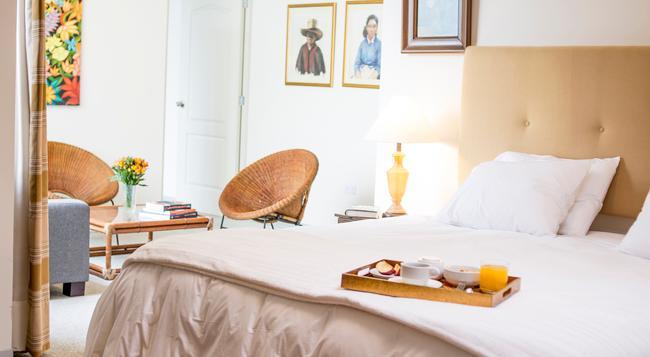 La Casa De Orrantia - Lima - Bedroom