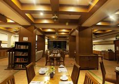 อินน์ ป่าตอง โฮเทล ภูเก็ต - ป่าตอง - ร้านอาหาร