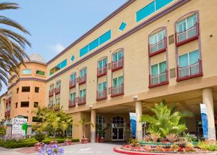 Desert Palms Hotel & Suites