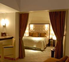 El Cervantes Hotel