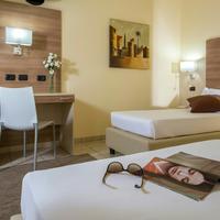 Hotel Domidea Guestroom