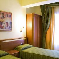 Hotel Bright Guestroom