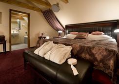Ea Embassy Prague Hotel - ปราก - ห้องนอน