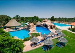 Danat Al Ain Resort - อัลอิน - สระว่ายน้ำ