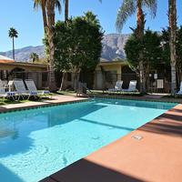 7 Springs Inn & Suites Outdoor Pool