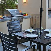 7 Springs Inn & Suites BBQ/Picnic Area