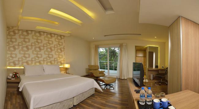 Cag Finestay Hotel - Coimbatore - Bedroom
