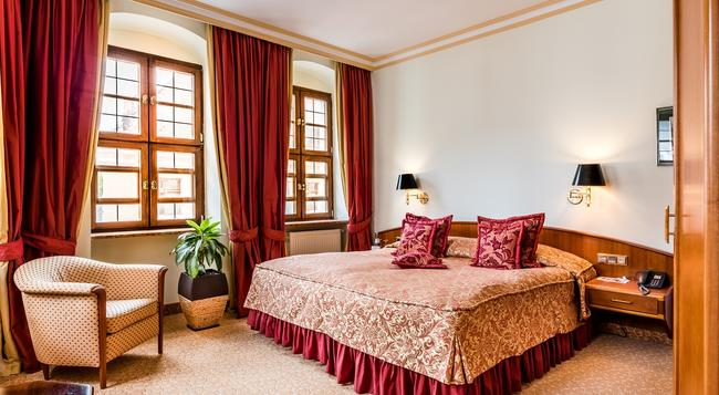 Romantik Hotel Bülow Residenz - Dresden - Bedroom