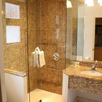 St. Moritz Lodge & Condominiums Bathroom Shower