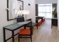 Hotel Pelinor - เตเนรีฟ - ห้องนอน