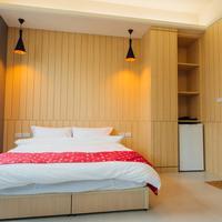 Yellow Kite Hostel Guestroom