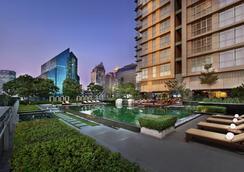 Sathorn Vista, Bangkok - Marriott Executive Apartments - กรุงเทพฯ - สระว่ายน้ำ
