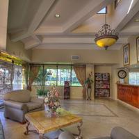 Tropicana Inn and Suites Lobby