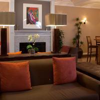 Executive Hotel Vintage Court Lobby Sitting Area
