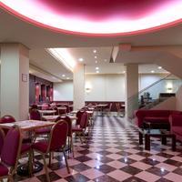 Hotel Sterling Breakfast Area
