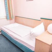 Hotel-Pension Odin Guestroom