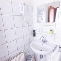 Hotel-Pension Odin Bathroom