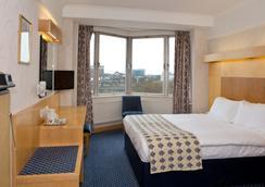 The Imperial Hotel - ลอนดอน - ห้องนอน
