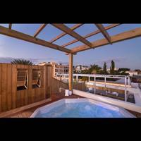 Luca Hotel Pool
