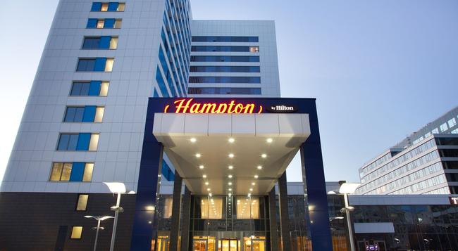 Hampton by Hilton Moscow Strogino - Moscow - Building