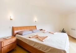 Spiti Hostel - โซชิ - ห้องนอน