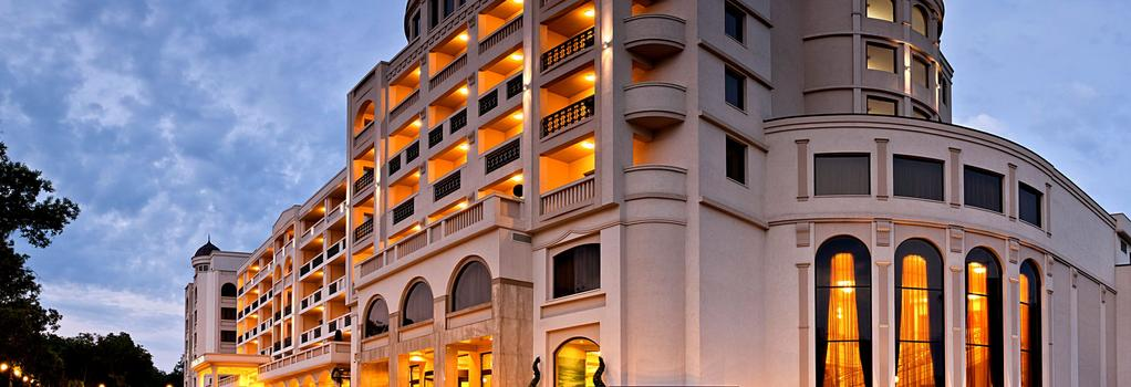 Primoretz Grand Hotel & Spa - Burgas - Building