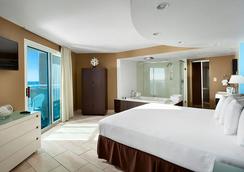 Captain's Quarters Resort - ไมร์เทิลบีช - ห้องนอน
