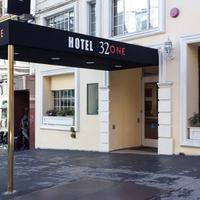 Hotel 32One Hotel Entrance