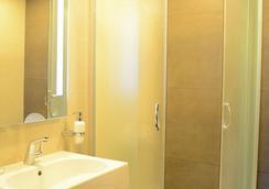 Kolkhi Palace - ทบิลิซี - ห้องน้ำ