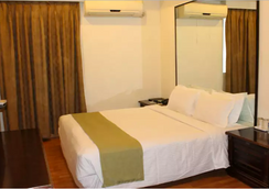 Sandhya Hotel - ไฮเดอราบรัด - ห้องนอน