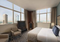 Ramada Abu Dhabi Corniche - อาบูดาบี - ห้องนอน