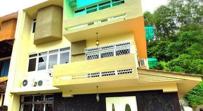 i Ville Home Inn - George Town (Penang) - Building