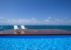 Alexander Tel-Aviv Hotel - เทลอาวี - สระว่ายน้ำ