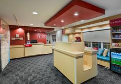 TownePlace Suites by Marriott Albany University Area - อัลบานี - ล็อบบี้