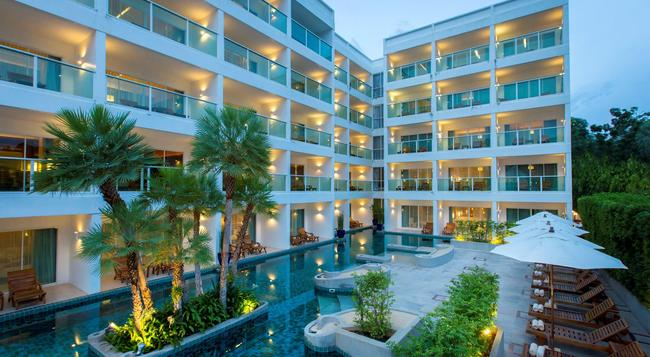 Chanalai Romantica Resort Kata Beach - Karon - Building