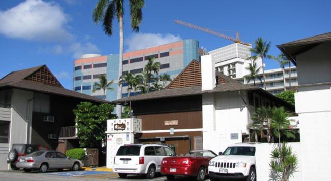The Breakers Hotel - Honolulu - Building