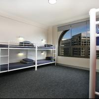 Wake Up! Sydney - Hostel Guestroom