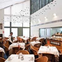Becquer Hotel Restaurant