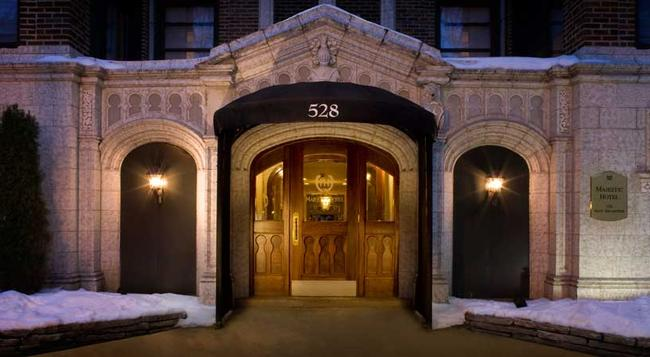 The Majestic Hotel - Chicago - Building