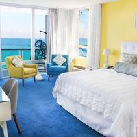 Deauville Beach Resort Guest room
