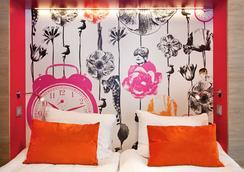 Motel L - สตอกโฮล์ม - ห้องนอน