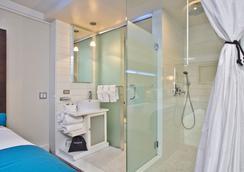 Hotel Le Bleu - บรูคลิน - ห้องน้ำ