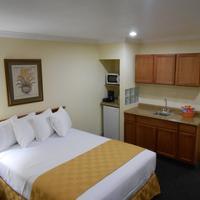 Best Host Inn Disneyland Knotts Berry Farm King Suite